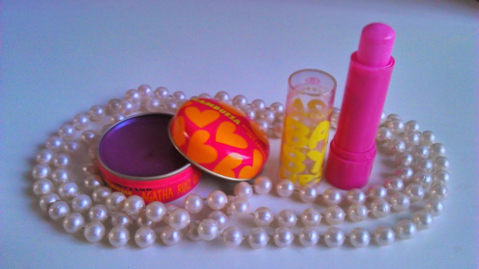 1 LipBalm Agatha Ruiz de La Padra, cor Framboesa; 2 Baby Lips Maybelline, cor Pink Punch