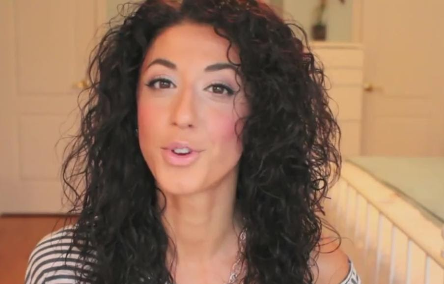 how to get wavy hair naturally from curly