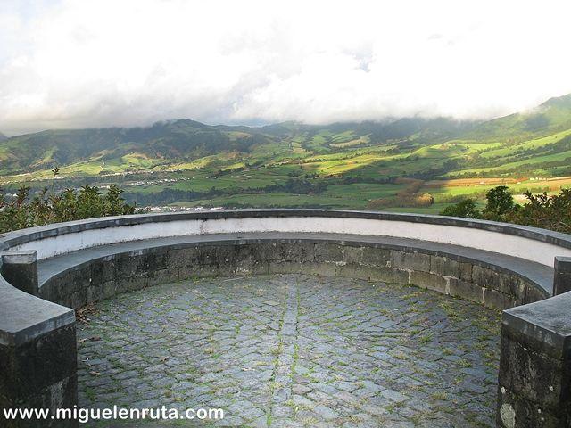 Miradouro-do-Pico-Longo