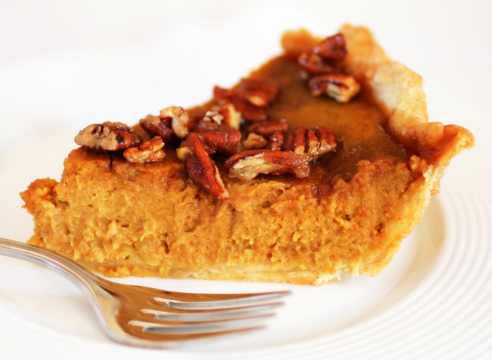 Tish Boyle Sweet Dreams: Deep-Dish Pumpkin-Pecan Pie