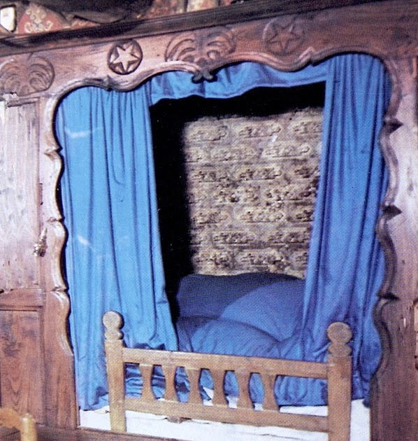 lady waterloo un lit dans un placard. Black Bedroom Furniture Sets. Home Design Ideas