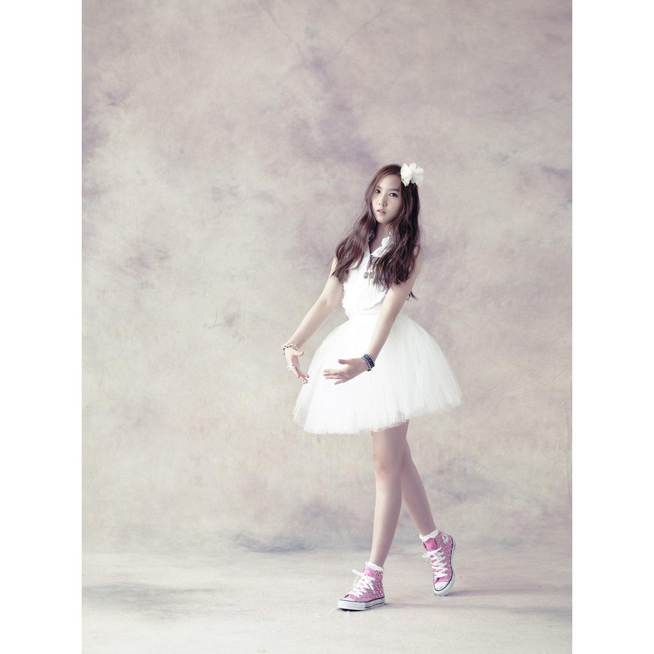 http://4.bp.blogspot.com/-Yw77RnC8w6A/TuoDUrtSZ6I/AAAAAAAAAaE/lCE5IpukkqY/s1600/Yookyung.jpg