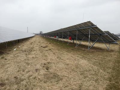 6.5 MW farma fotowoltaiczna oparta o 10kW falowniki łańcuchowe.