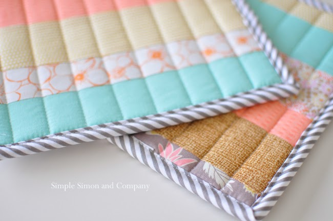 Quilted Potholders from Scraps {Quilt Binding Tutorial} - Simple ... : quilted potholders tutorials - Adamdwight.com