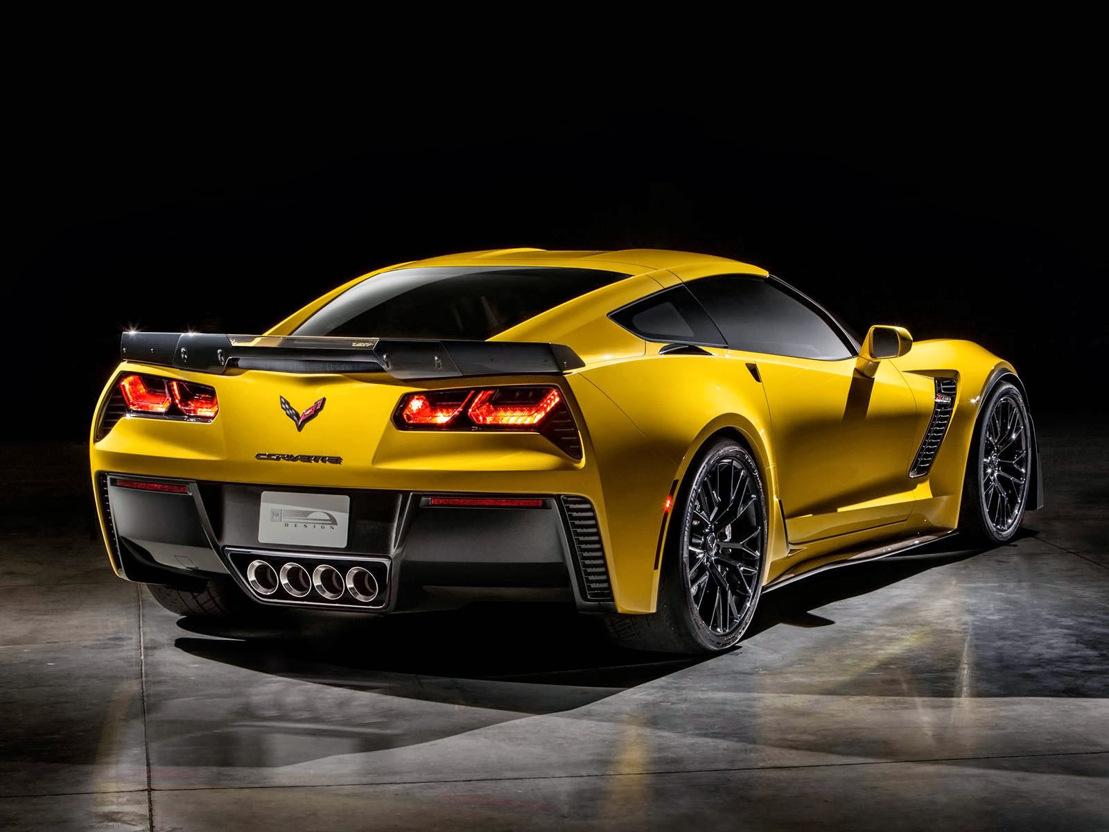 2015 Chevrolet Corvette Z06 Sport Car Picture