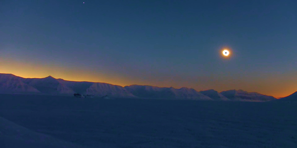 «Песня спящего кита» | Полное солнечное затмение 20 03 2015 | Заполярное видео