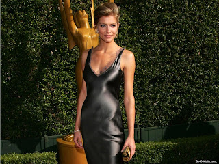 Tricia Helfer Photo