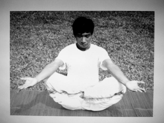 โยคะวิทยาทาน    yoga  ( thailand )   suthep yooyen