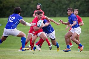 Jerónimo De la Fuente en ataque - ICBC Pampas XV le ganó a Samoa A