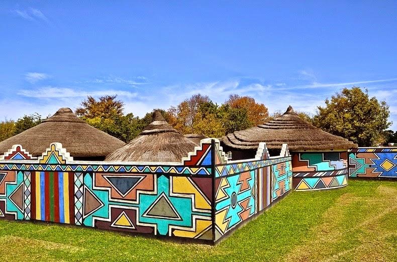 Seni Kreatif Pada Rumah Oleh Ndebeles Suku Kaum Afrika