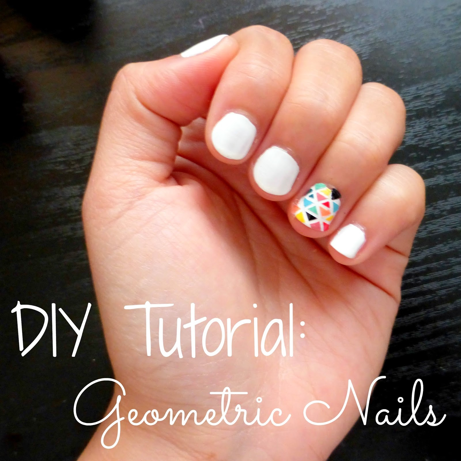 Diy geometric nails la vie en may petite fashionista beauty this nail design should only take 5 minutes to do without the drying time i only did one nail because i thought itd take too much time to do the entire prinsesfo Image collections