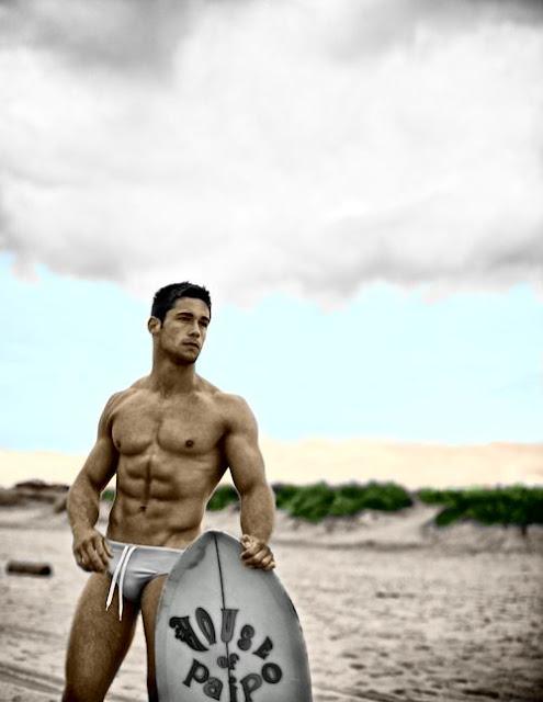 Surfer Hunk Camshow