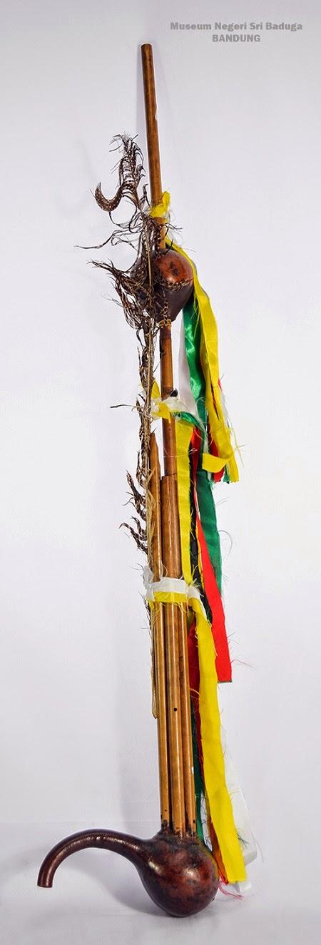 Pengertian Alat Musik Tradisional Kledi (Keledi) atau Kaldei