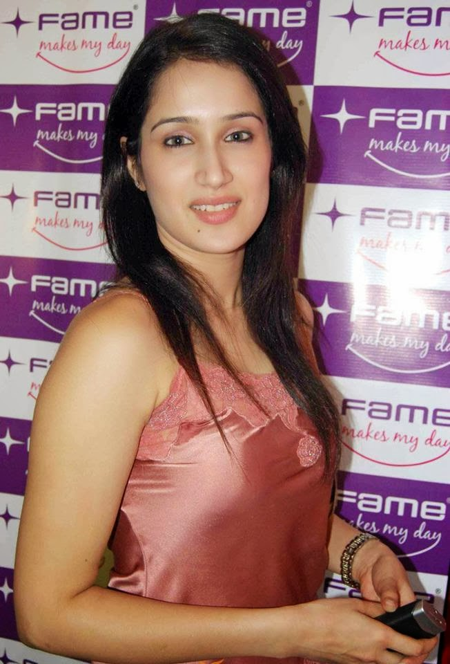 sagarika ghatge wallpapers6