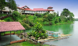 Lido Lakes Resort