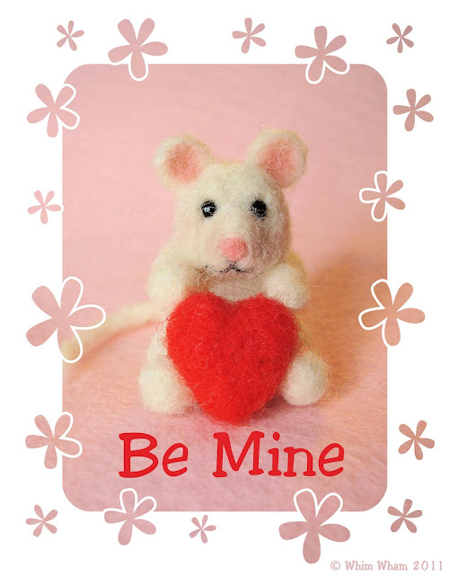 needle felted mouse valentine