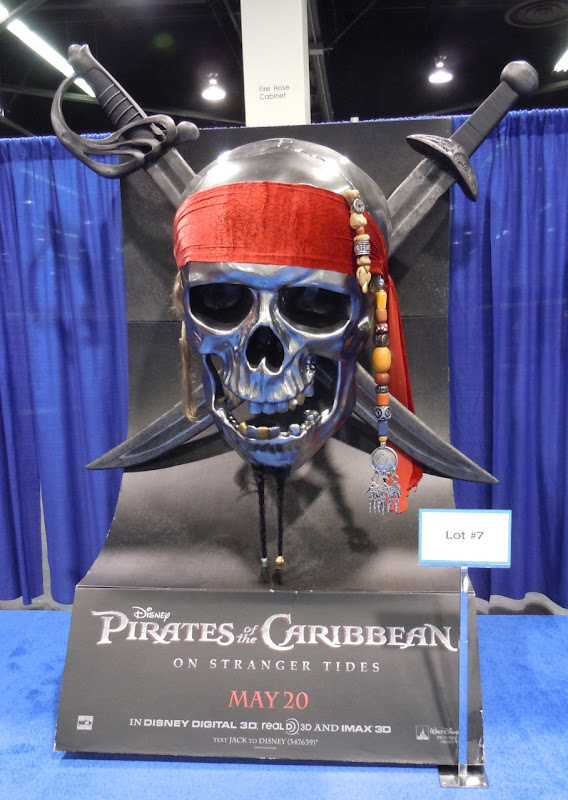 Pirates of the Caribbean 4 standee