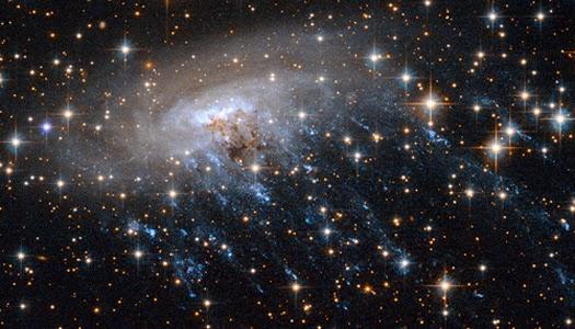 Teleskop Antariksa Hubble Rilis Citra Galaksi Ubur-ubur