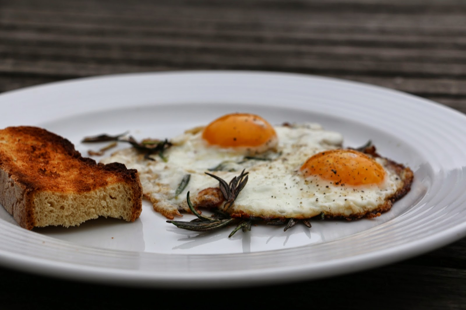 Blog Makeover, Farm Life and A Ballymaloe Inspired (very) Lazy Dinner (Rosemary Fried Eggs)