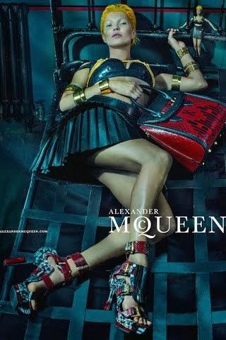 kate Moss para Alexander McQueen