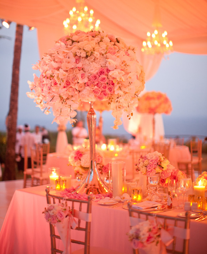 25 stunning wedding centerpieces part 6 belle the magazine for Center arrangements for weddings
