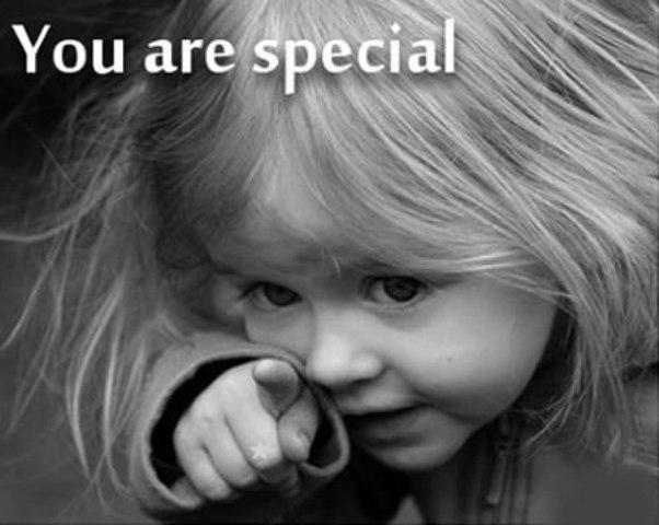 Eres-especial-amate-valorate-mira-en-el-espejo-siria-grandet