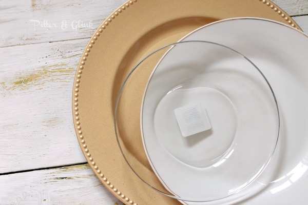 Dollar store dishes make a lovely table setting for Thanksgiving.  pitterandglink.com