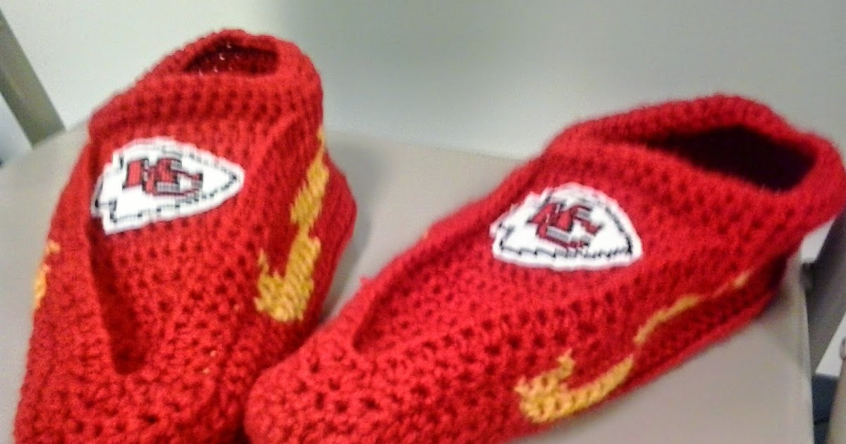 Crochet Pattern Kansas City Chiefs Afghan : Crochet Fanatic: KANSAS CITY CHIEFS SLIPPERS