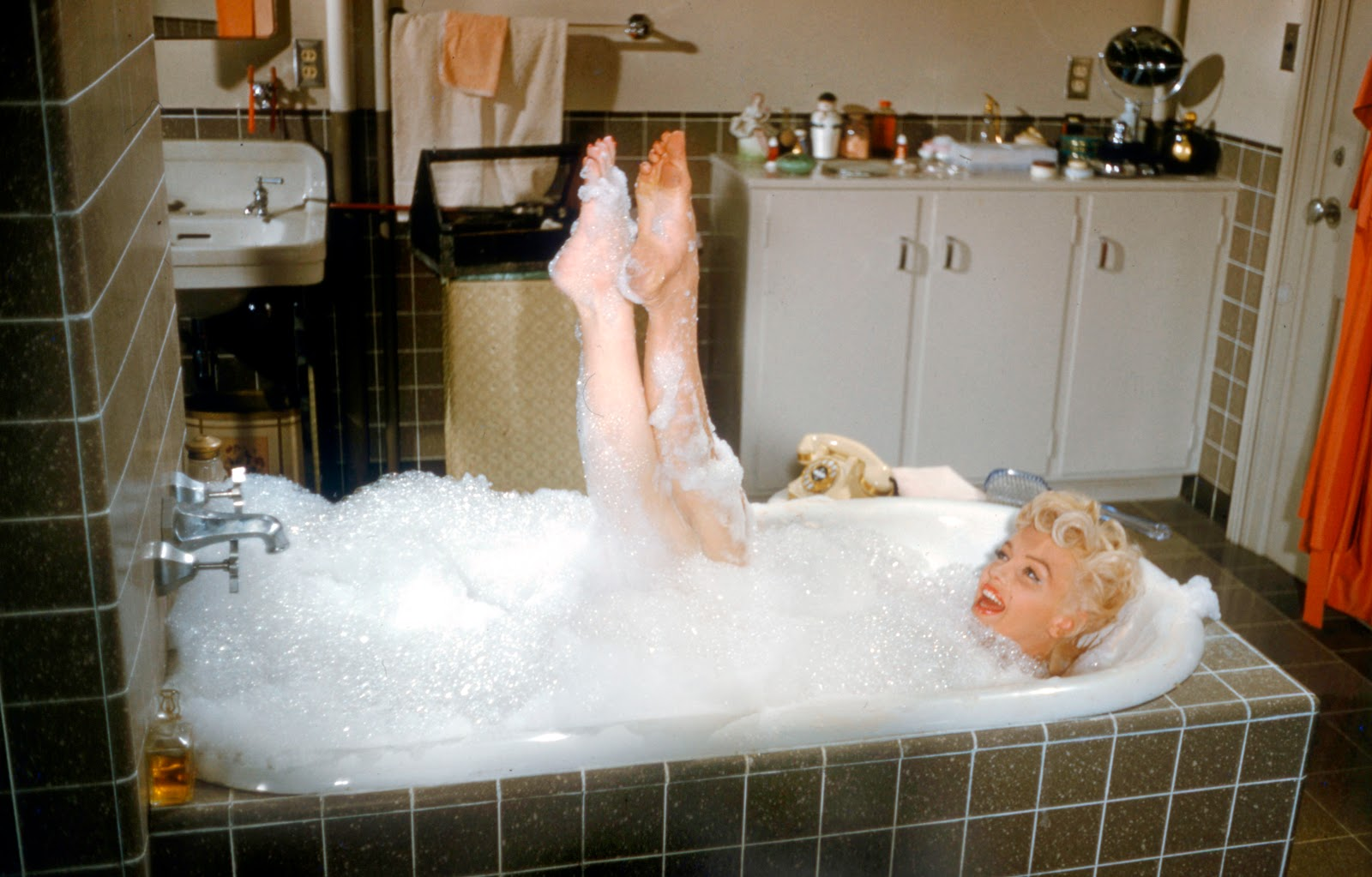 Marilyn Monroe Feet 279753 In Touch features the singer on the cover this week, with promises on the ...
