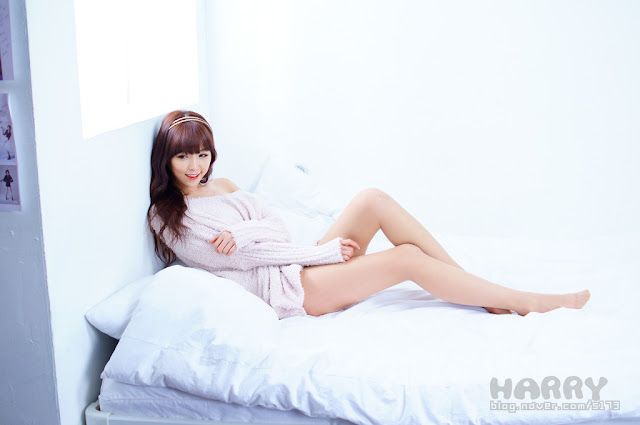 Lee Eun Hye Sexy in Creamy Sweater