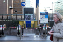 Brussels on edge as Belgian security forces hunt Isis (Islamic State) militants