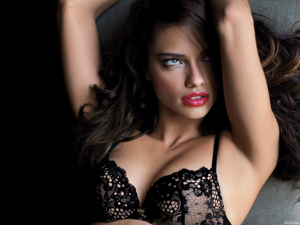 trends wallpaprs 2012: adriana lima hot wallpapers pack 1