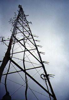 KPFA-transmitter-59000-watts-304-tall-on
