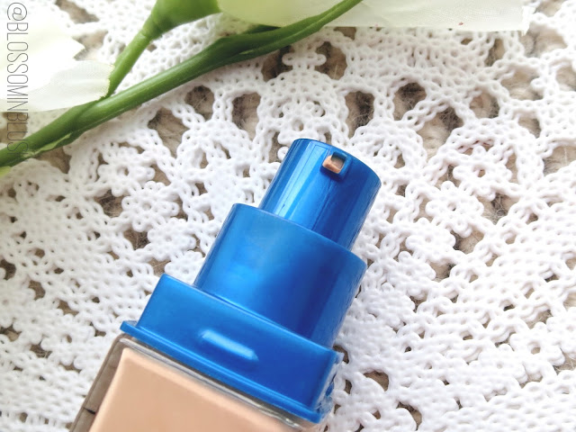 a picture of Maybelline SuperStay Better Skin Foundation (pump close up)