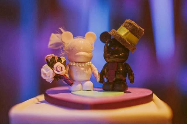 Disney Wedding Inspiration: Wendy and Greg's Sea Breeze Point and Atlantic Dance Hall Wedding. Photography by Studio222