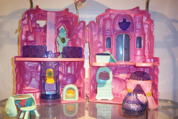 Barbie Doll House Decorating Games