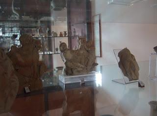 Bild 4: Ausstellungsraum für Funde in der Zona Archaelogica Eraclea Minoa