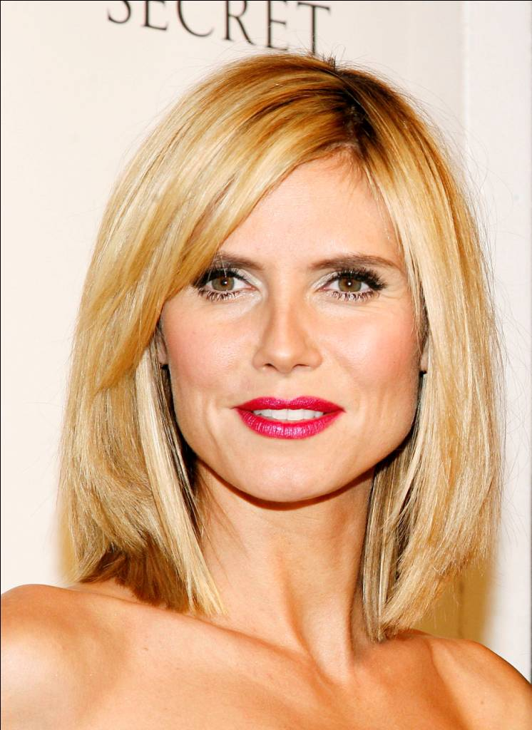 Heidi Klum lob with side fringes for more elegnt look