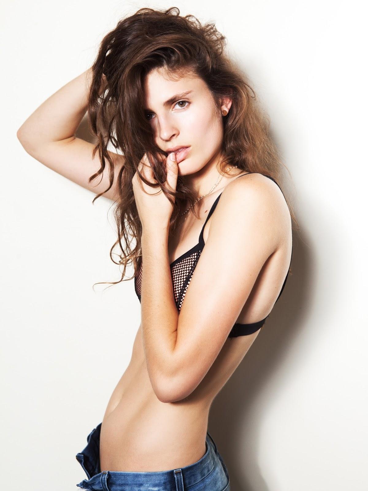 Dillon Duchesne Nude Photos 85