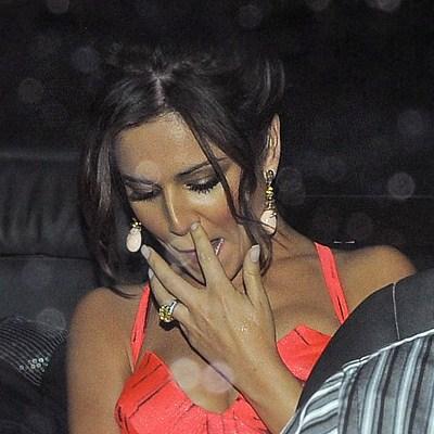 Fingering Herself Under Bed Sheets Xvids