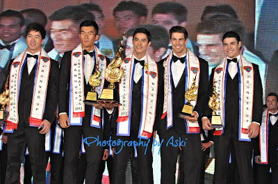 Manhunt International 2012 June Macasaet of the Philippines (center) with runners up Singapore (4th), Macau (2nd), Sweden (1st) and Puerto Rico (3rd)