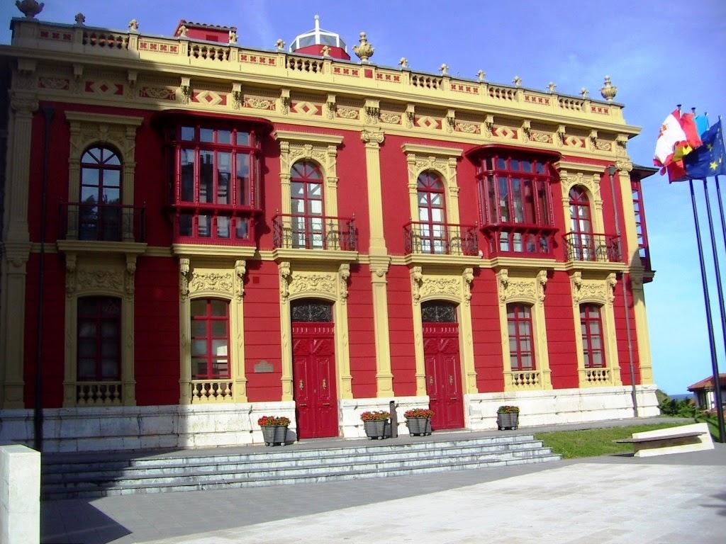 Casa Genarín, sede del Ayuntamiento de Carreño