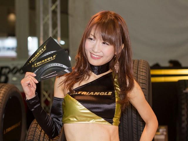 Girls of Tokyo Auto Salon 2013