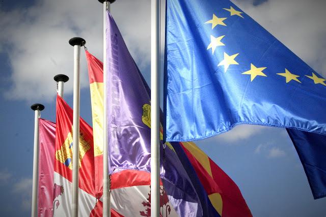 Banderas en la UVA de la Yutera, 2012 (cc) Abbe Nozal
