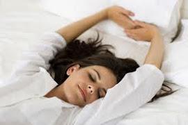 Dormir 8 horas diarias te alejan del estres.