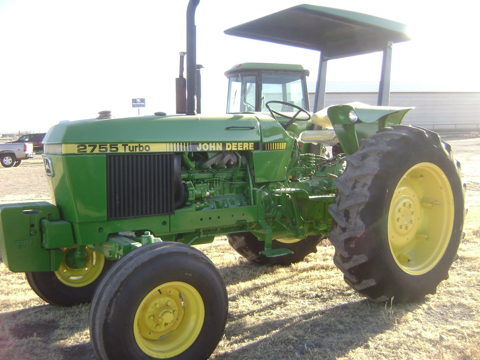 Maquinaria Agricola Industrial  Tractor John Deere 2755  1987   14 200 Dlls  7429 Hrs  Serie 576142l