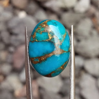 jenis batu pirus urat emas