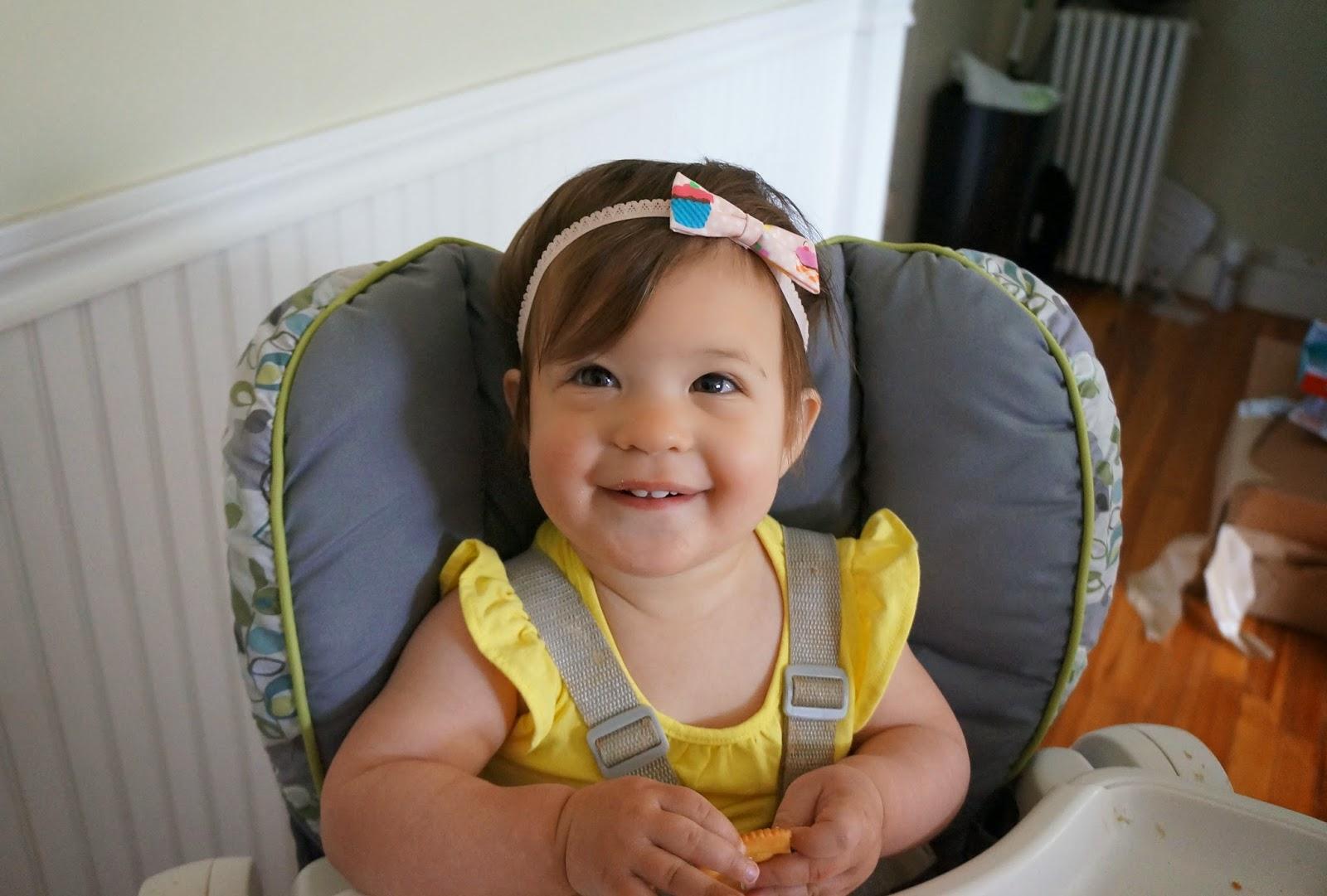 DIY No Sew Baby Bow Headband hellokelcey.blogspot.com