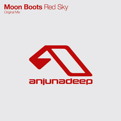 Moon Boots - Red Sky