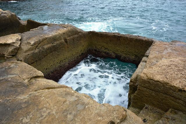 Graffiti St. Julians sea hole